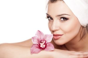 About Face in Encinitas offers skin care services for women, men, and teenagers.
